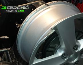 RICERCHIO welding lab_rigenerazione cerchi in lega auto (10)